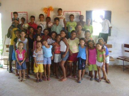 Trabalho realizado com crianças no povoado Tabuleiro - Canto do Buriti Piaui